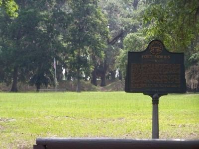 Fort Morris Marker and Fort's Front Entrance image. Click for full size.