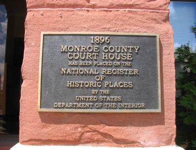 Plaque on Building image. Click for full size.