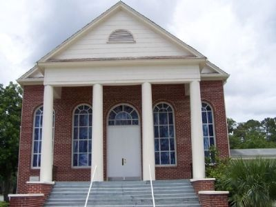 Hinesville Methodist Church image. Click for full size.