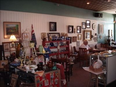 A Place to Enjoy Bakery Items or Antiques image. Click for full size.