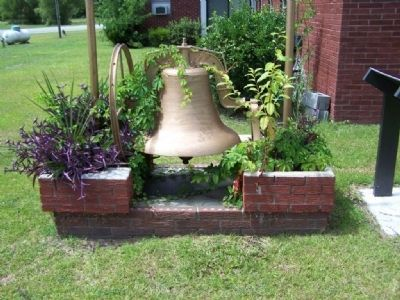 Dorchester Academy: The Bell image. Click for full size.