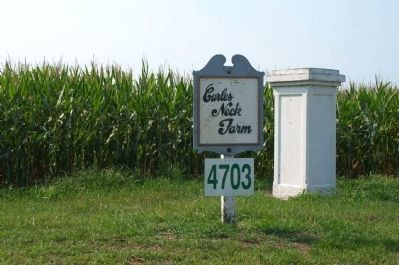 Sign at entrance to Curles Neck farm image. Click for full size.