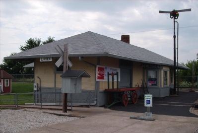Linden Indiana Railroad Depot image. Click for full size.