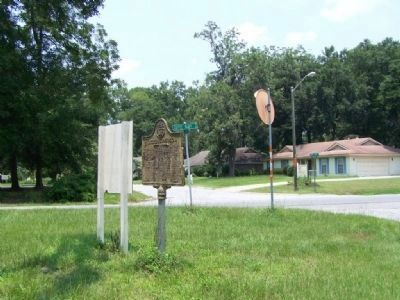 Nicholsonboro Marker, arrow points to Nicholsonboro Circle, a housing development image. Click for full size.