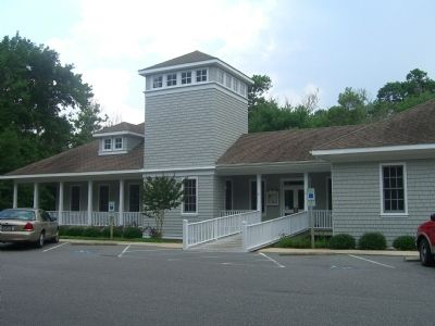Kitty Hawk Town Hall image. Click for full size.