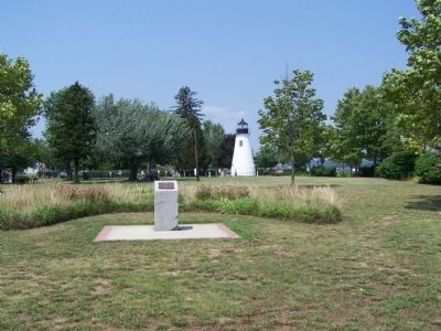 President William J. Clinton Marker with Havre de Grace Lighthouse in background. image. Click for full size.