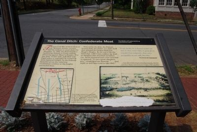 The Canal Ditch: Confederate Moat Marker image. Click for full size.