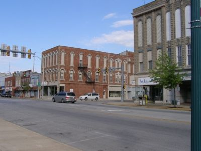 Southside of Main Street image. Click for full size.