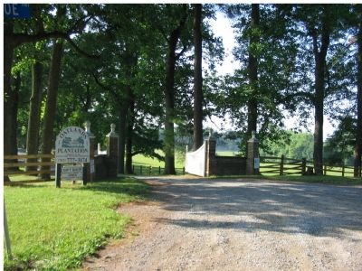 Oatlands Entrance image. Click for full size.