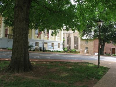 The Civil War Trails Marker between the Court House and Old Jail image. Click for full size.