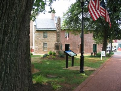 The Mosby Monument in front of the Old Jail image. Click for full size.