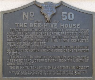 The Bee-Hive House Marker image. Click for full size.