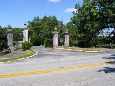 Entrance to the Frankfort Cemetery image. Click for full size.