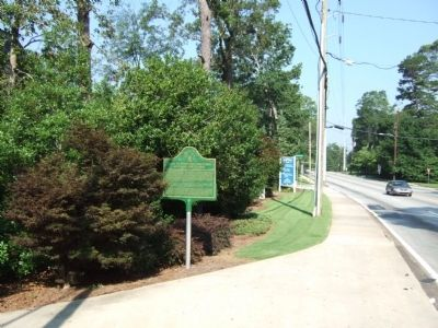 Trail to Standing Peachtree and Houston Chapel Marker image. Click for full size.