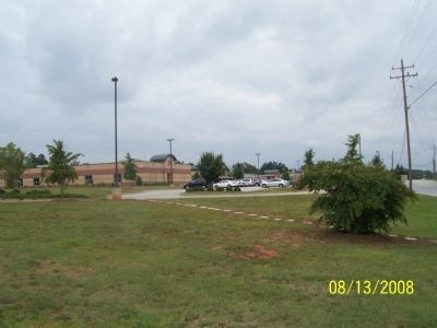 New Mountain View Elementary School located image. Click for full size.