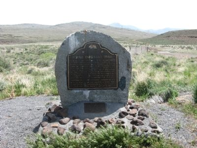 Noble Emigrant Trail Marker image. Click for full size.
