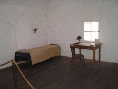 Jefferson Davis Casemate image. Click for full size.