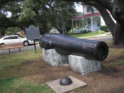 The Lincoln Gun Marker image. Click for full size.