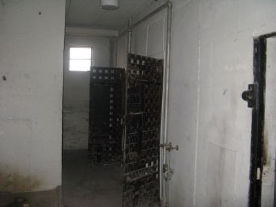 Inside Old County Jail image. Click for full size.