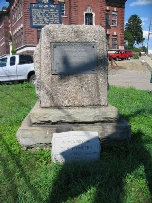 Pittston Fort Marker image. Click for full size.
