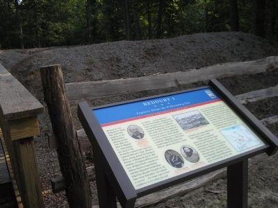 Marker in in Redoubt Park image. Click for full size.