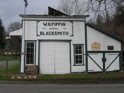 Fippin's Blacksmith Shop image. Click for full size.