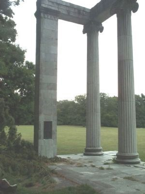 Portion of the Historic Portico and Marker image. Click for full size.