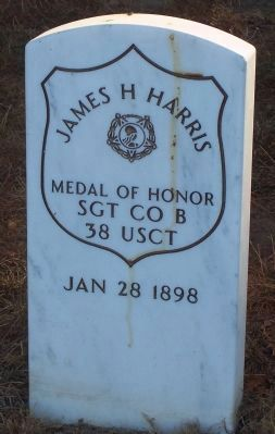 Grave marker for Medal of Honor recipient Sgt. James H. Harris, 38th USCI image. Click for full size.