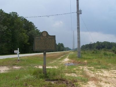 Old Meeting House Marker, looking south along US 17 image. Click for full size.