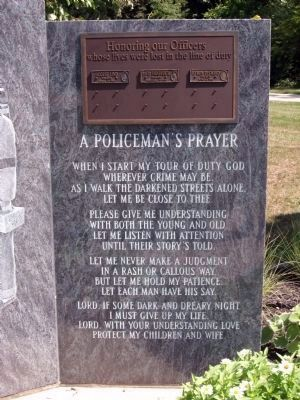 Police Officer Memorial </b>(the right panel) image. Click for full size.