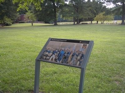 Marker near Yorktown's Surrender Field image. Click for full size.