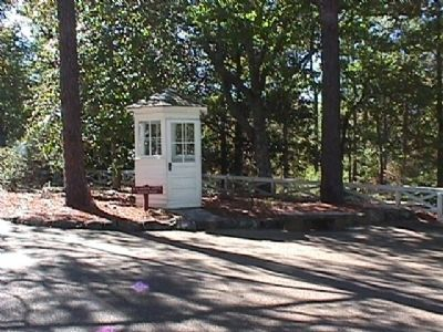 Secret Service Guard House image. Click for full size.