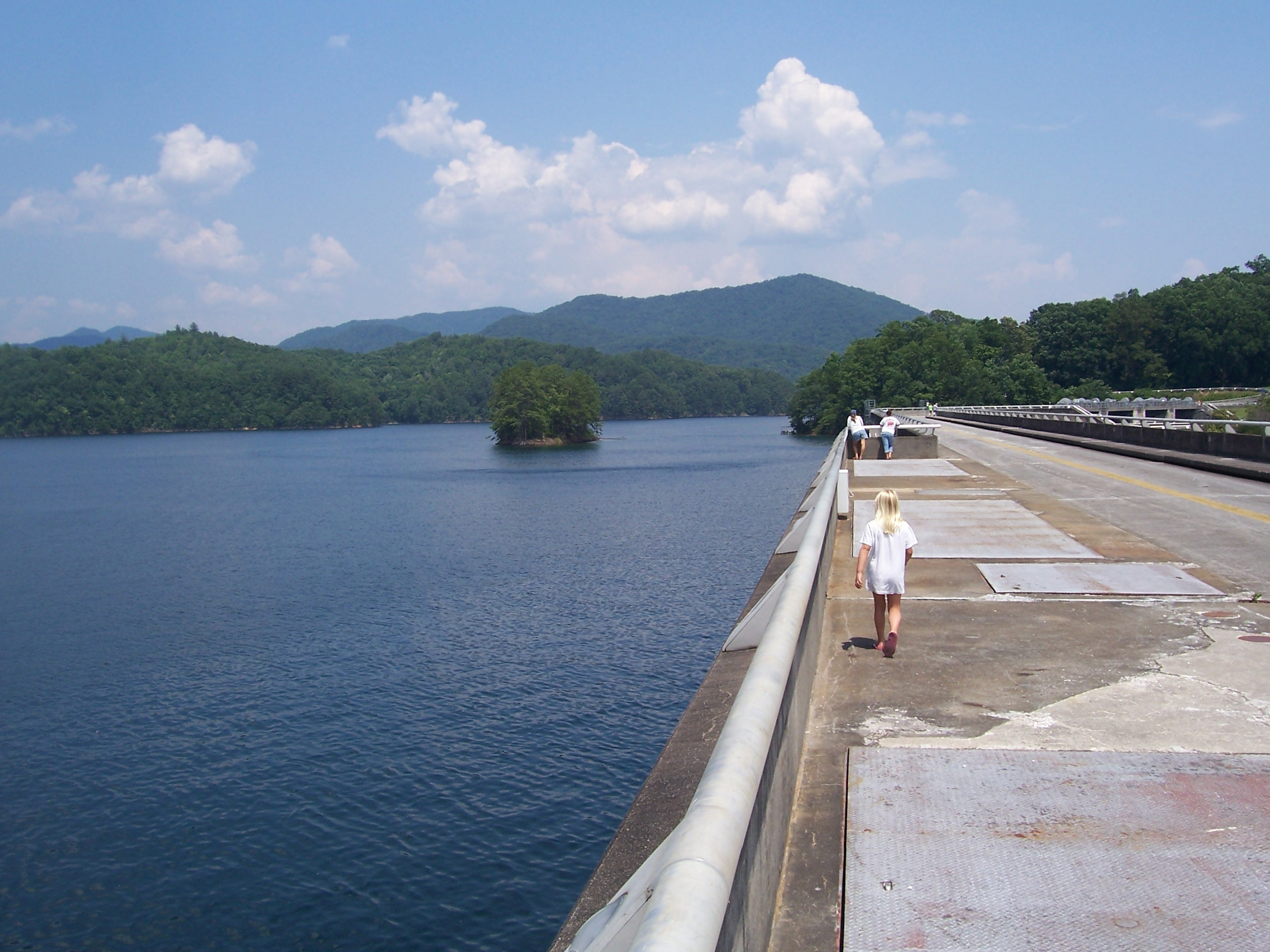 Road / walkway on top of dam.