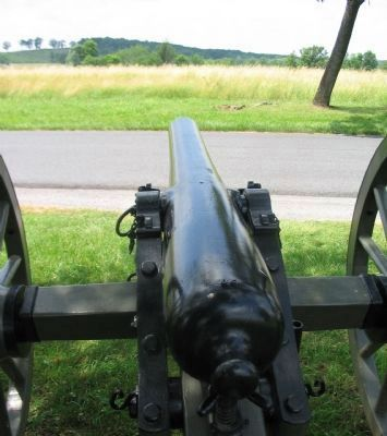 Gun's Eye View of Oak Hill image. Click for full size.