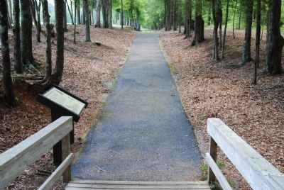 Walking Trail Leading to the Original The Patriot Force Arrives Marker image. Click for full size.