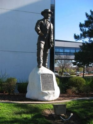 General John A. Sutter Monument image. Click for full size.