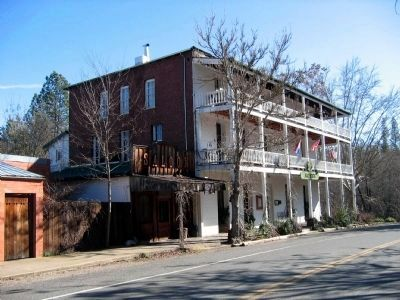 St. George Hotel image. Click for more information.
