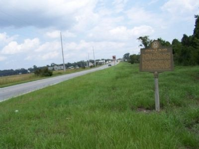 General's Island Marker looking north along US 17 image. Click for full size.