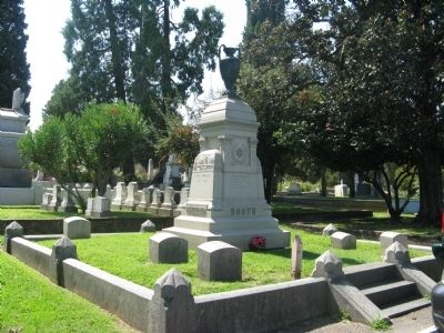 Gravesite of California Governor Newton Booth image. Click for full size.