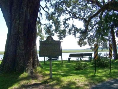 Mallow Plantation Marker at Sapelo River image. Click for full size.