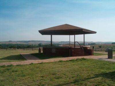 Battlefield Visitor Shelter </b>Looking Northeast image. Click for full size.
