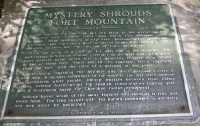 Mystery Shrouds Fort Mountain Marker image. Click for full size.