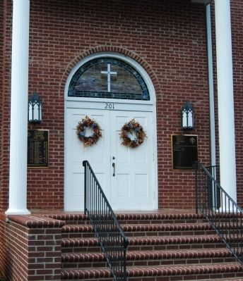 Oolenoy Baptist Church - Front Entrance image. Click for full size.