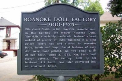 Roanoke Doll Factory, 1900-1925 Marker image. Click for full size.