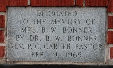 Dedication Marker over the Thompson Centennial United ME Church Sign image. Click for full size.