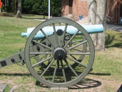 Confederate 12-pounder Napoleon image. Click for full size.
