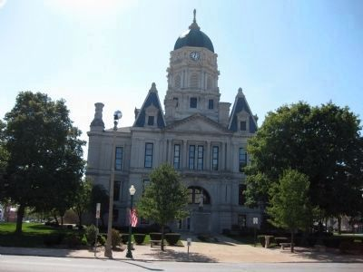 North View - - Whitley County Court House image. Click for full size.