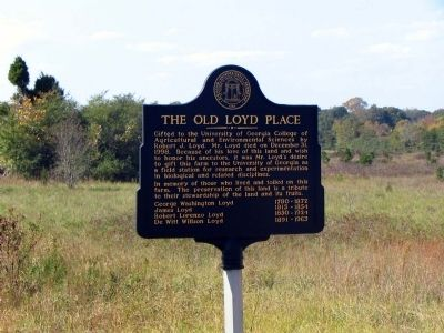 The Old Loyd Place Marker, and the Old Loyd Place land image. Click for full size.