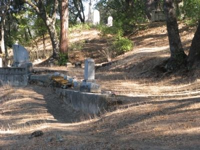 Sutter Mill (Pioneer) Cemetery image. Click for full size.