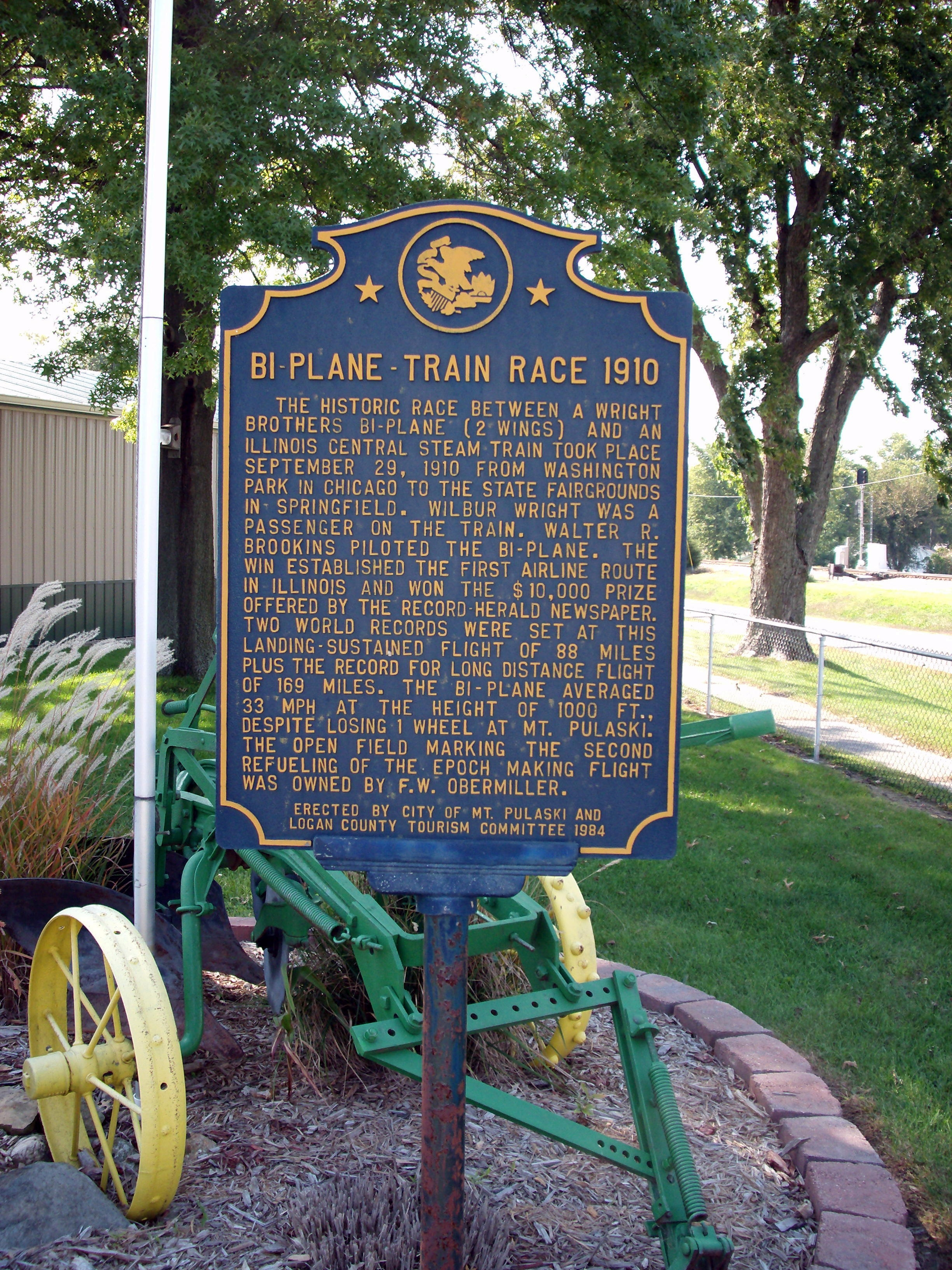 Bi-Plane - - Train Race 1910 Marker